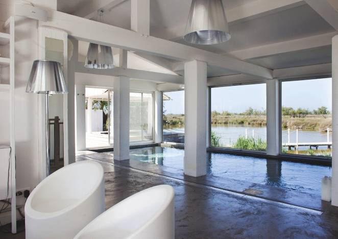 le mas de la fouque voyages hotels de luxe spas. Black Bedroom Furniture Sets. Home Design Ideas