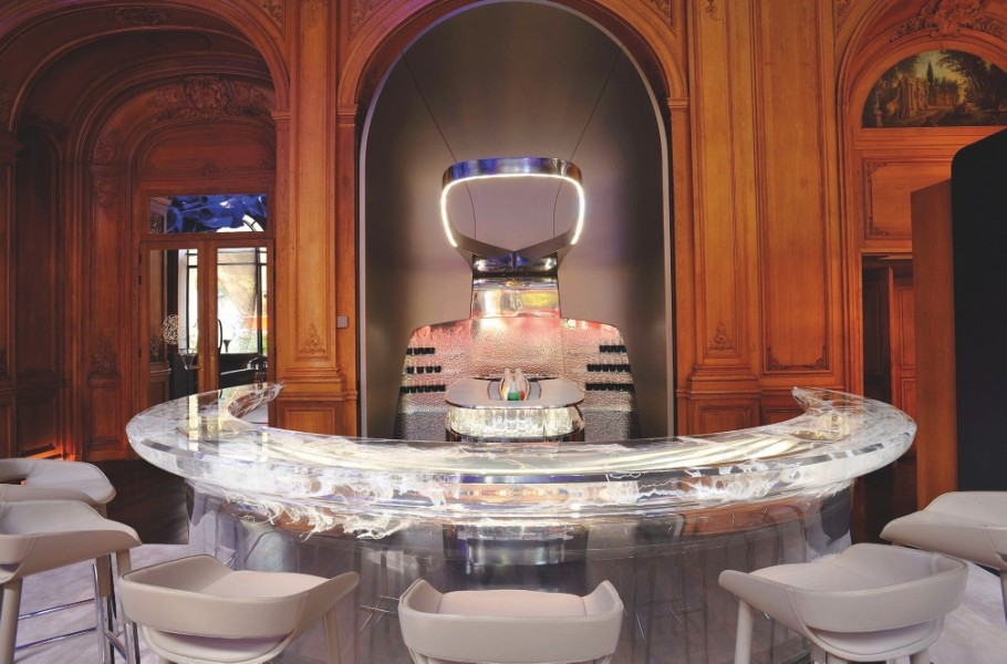 80-plaza-athenee-the-place-featured_Page_08_Image_0002