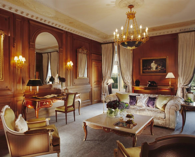 LE-MEURICE-PRESTIGE-SUITE-(206)-Living-Room-H-∏-Guillaume-de-Laubier