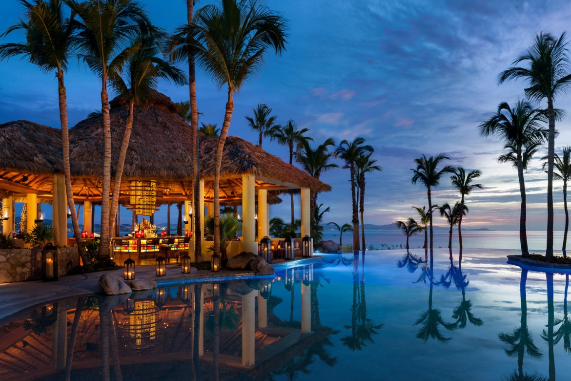 One&Only-Palmilla_Agua-Pool-&-Bar