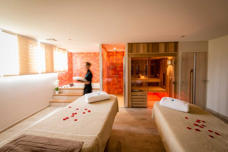 Thalasso-Deauville-by-Algotherm---Cabine-VIP-Duo-HD-©utopikphoto