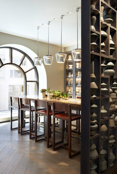 clement-communal-table