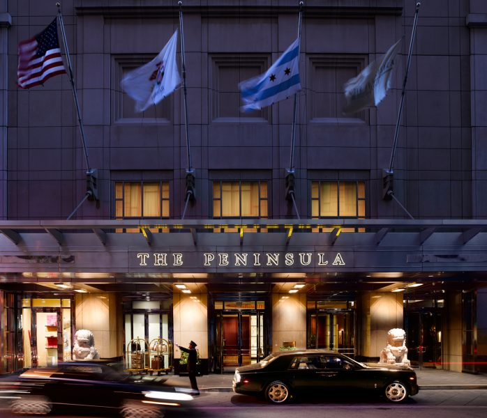 the-peninsula-chicago-front-entrance