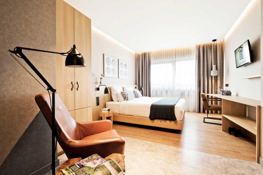 urban-lodge-hotel-photo-f2