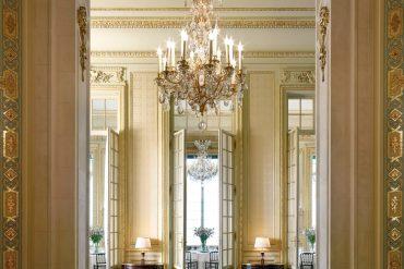 galerie-shangri-la-hotel-paris