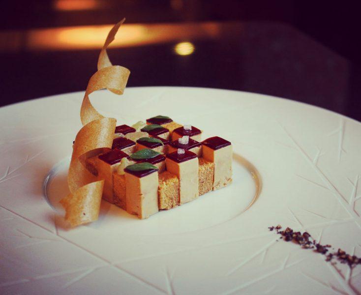 Le-foie-gras-se-pare-de-son-uniforme