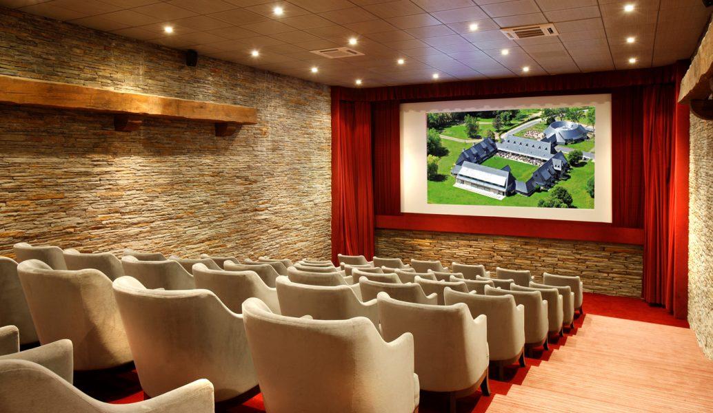 Les-Manoirs-de-Tourgéville_Salle-de-Cinéma
