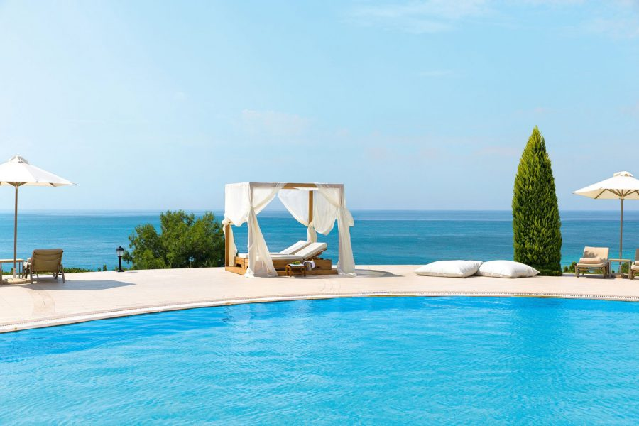 Ikos-Resorts-Pool
