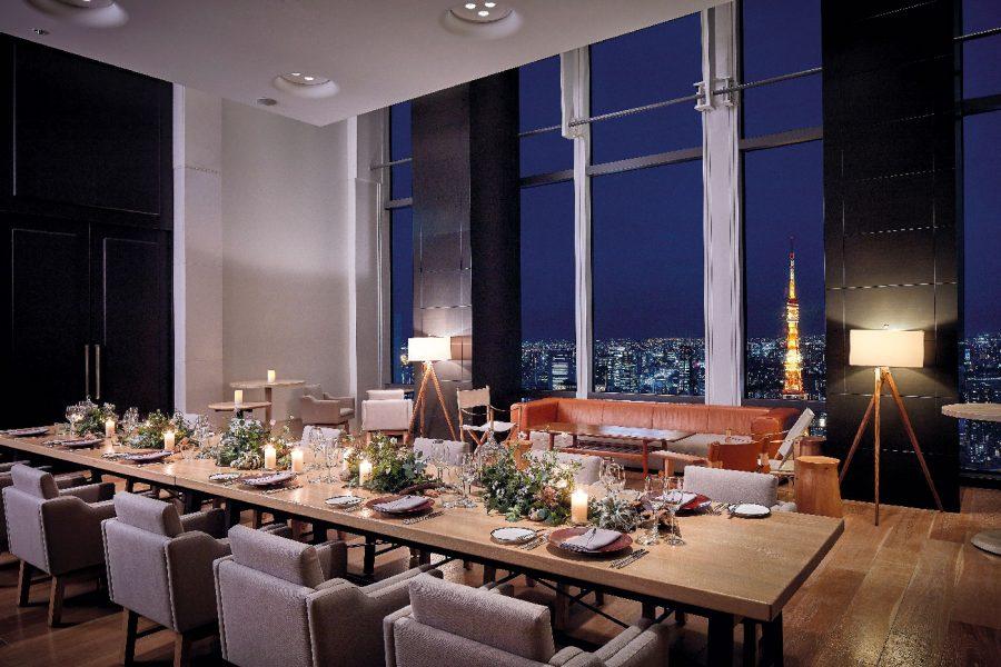 Andaz-Tokyo-Chefs-Studio-Table-Setting-Nighttime-copie
